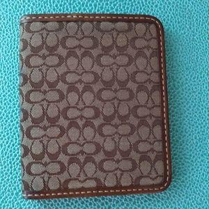 Coach business card holder